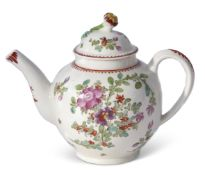Lowestoft tea pot and cover with polychrome decoration after Thomas Rose, 15cm high