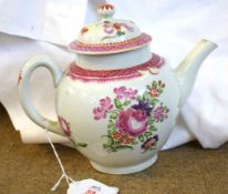 18th century Lowestoft porcelain tea pot decorated in Compagnie des Indes style with floral sprays
