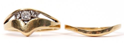 Mixed Lot: 18ct gold three stone diamond ring, a split shank design, the centre set with three small