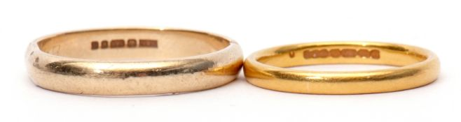 Mixed Lot: 22ct gold wedding ring, Birmingham 1925, 3.1gms, size N/O, together with a 9ct gold