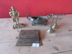QUANTITY OF VARIOUS BRASS ITEMS INCLUDING EARLY 20TH CENTURY ORNATE DESK TIDY, LETTER RACK ETC