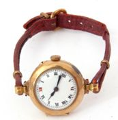 First quarter of 20th century ladies import hallmarked 9ct gold cased wrist watch with side button