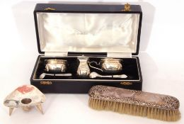 Mixed Lot: cased composite three piece cruet set comprising a baluster pepper, a mustard with hinged