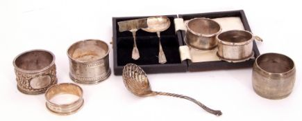 Mixed Lot: mid-20th century christening spoon and pusher set, cased, Birmingham 1948/9, maker's mark