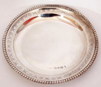 Victorian card salver of circular form with engraved band and beaded lip, 15cm diam, Sheffield 1858,