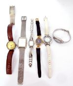 Mixed Lot: Ladies cased Gucci gold plated wrist watch on black leather strap, original guarantee
