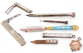 Mixed Lot: silver cased small pen knife, a hallmarked plain polished medallion, Victorian silver