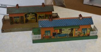 Collection of pre-war Hornby '0' gauge buildings and accessories and all playworn with a little