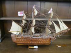 WOODEN MODEL OF HMS VICTORY, TOTAL HEIGHT APPROX 48CM