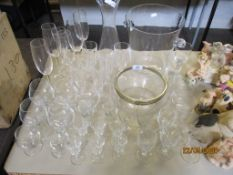 QUANTITIY OF HOUSEHOLD GLASS WARES