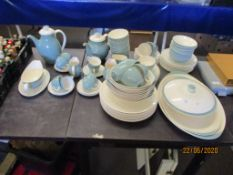 GOOD QUANTITY OF ROYAL DOULTON TRACERY DINNER WARES INC PLATES, BOWLS, COFFEE/TEA SET, SERVING