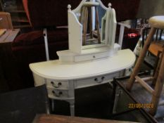 PAINTED-EFFECT DRESSING TABLE WITH MIRROR