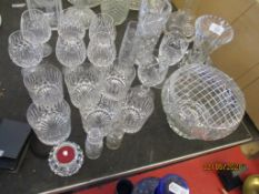 QUANTITY OF VARIOUS CUT GLASSES INCLUDING WHISKY GLASSES, ROSE BOWL, VASES ETC, TALLEST APPROX 20CM