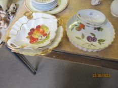 SMALL QUANTITY OF VARIOUS ROYAL WORCESTER EVESHAM WARES