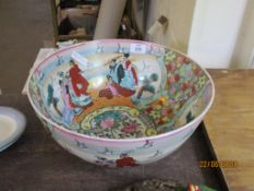 LARGE AND IMPRESSIVE STONEWARE CHINESE DECORATED BOWL, DIAM APPROX 35CM