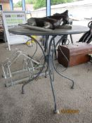 METAL PATIO TABLE, DIAM APPROX 66CMS