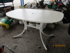METAL FRAMED PATIO TABLE, LENGTH APPROX 122CMS