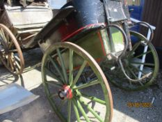 VINTAGE WOODEN HORSE CART (FOR RESTORATION)