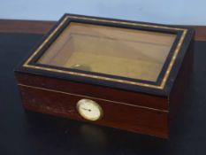 20th century humidor box, 30cm wide