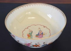 18th century Chinese export bowl decorated with Chinese figures to the exterior and the well, 26cm