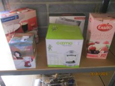 Collection of household items to include Gizmo by Russell Hobbs and pasta maker etc