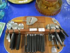 1970S CUTLERY SET WITH HOLDER