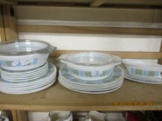 QUANTITY OF 1960S/70S PYREX TYPE DINNER WARES