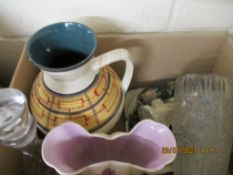 BOX CONTAINING VARIOUS CERAMIC AND GLASS CLEARANCE ITEMS