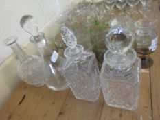 GROUP OF FOUR VARIOUS DECANTERS, TALLEST APPROX 31CM INC STOPPER