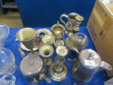 QUANTITY OF MIXED SILVER PLATED WARES INCLUDING CANDLESTICKS