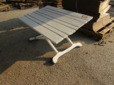 SMALL WHITE PAINTED FOLDED WOODEN WHITE PAINTED TABLE