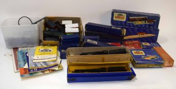 Large quantity of Hornby Dublo railway accessories to include level crossings, signals, island