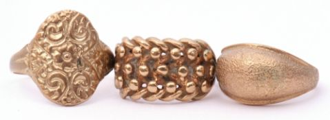 Mixed Lot: three 9ct gold dress rings, a knot design, a shield shaped ring together with a burnished