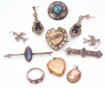Mixed Lot: sterling shield shaped brooch, a silver ring, cameo pendant, sterling butterfly wing