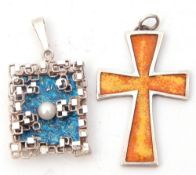 Mixed Lot: modern white metal and blue translucent enamelled pendant together with a cross pendant