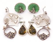 Mixed Lot: four pairs of earrings, pair of modern silver fish, London 1994, pair of green clip-on