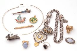 Mixed Lot: silver agate set dirk brooch (a/f), a metal cased pencil, large double heart pendant