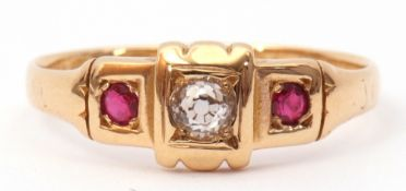 Antique 18ct gold diamond and ruby ring, the centre old cut diamond box set and flanked between
