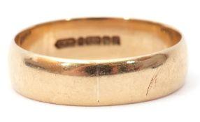 9ct gold wide band wedding ring of plain polished design, size Y/Z, 5gms