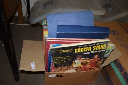 BOX CONTAINING VARIOUS MAGAZINES AND ANNUALS INCLUDING FOOTBALL