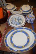 MIXED CERAMIC ITEMS INCLUDING DISHES BY MEAKIN IN THE BURLINGTON PATTERN AND A DERBY LILY TEA POT