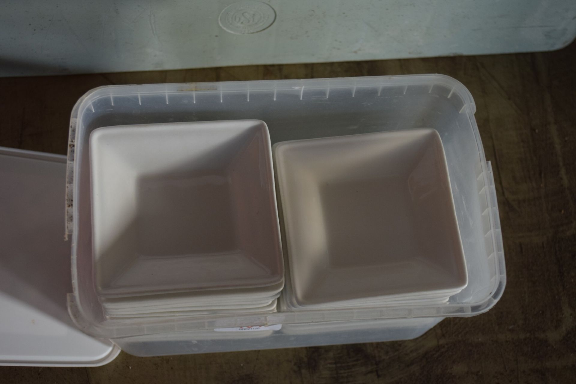 Crate: approx 23 square Serving Bowls. - Image 2 of 3