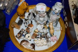 TRAY CONTAINING VARIOUS ANIMAL ORNAMENTS, MAINLY CATS AND DOGS INCLUDING A DOULTON CAT HN2584 AND