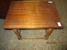 MAHOGANY OCCASIONAL TABLE, 51CM WIDE