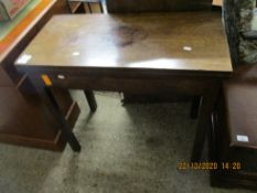 EARLY 19TH CENTURY MAHOGANY FOLD TOP TEA TABLE, 81CM WIDE