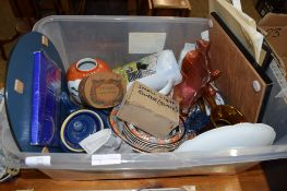 PLASTIC BOX CONTAINING CERAMICS AND DISHES INCLUDING A CARNIVAL GLASS DISH ON FOUR FEET