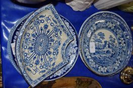 MID-19TH CENTURY BLUE AND WHITE POTTERY WARES IN TYPICAL PRINTS