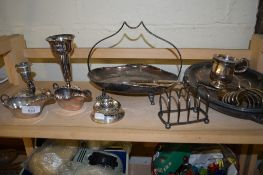 GROUP OF SILVER PLATED WARES INCLUDING TWO SMALL SAUCE BOATS AND A PLATED VASE