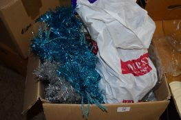 BOX CONTAINING QUANTITY OF CHRISTMAS DECORATIONS