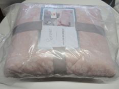 Lily Manor Crissyfield Jacquard Bedspread, Colour: Blush Pink, RRP £46.99